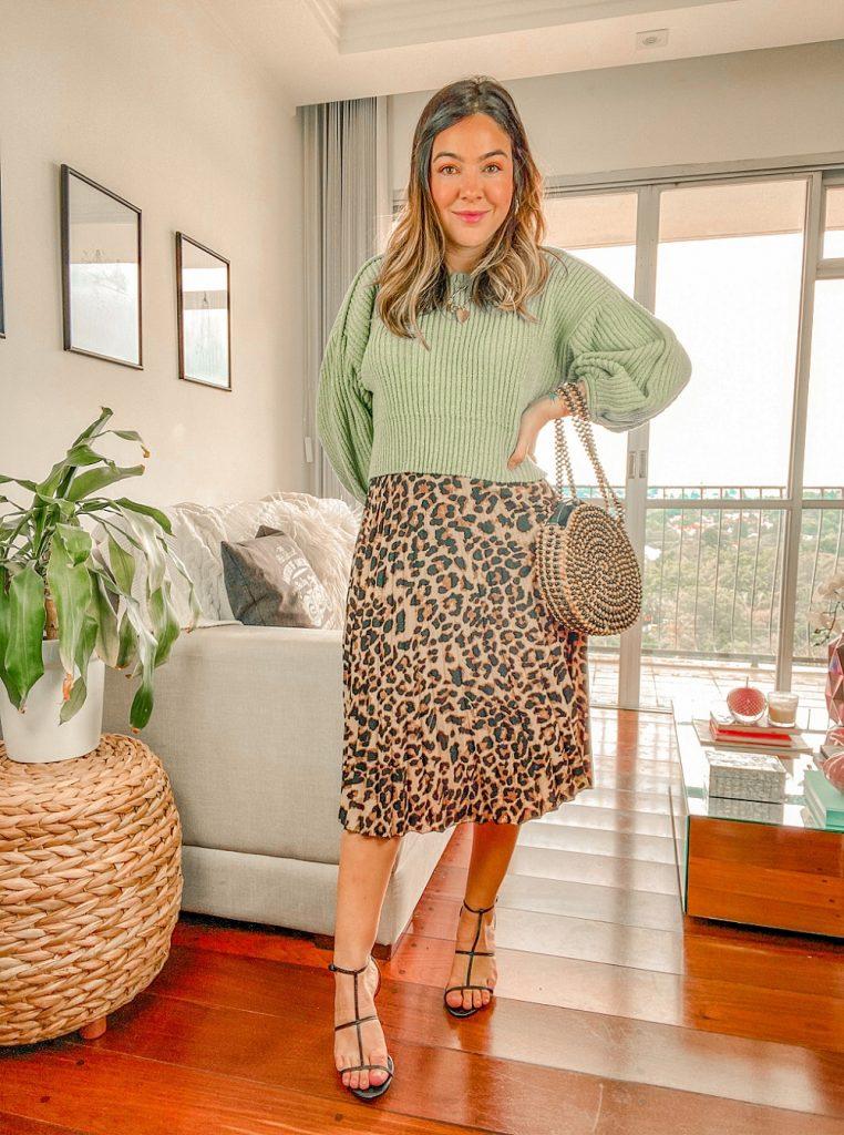 look tricot verde com saia